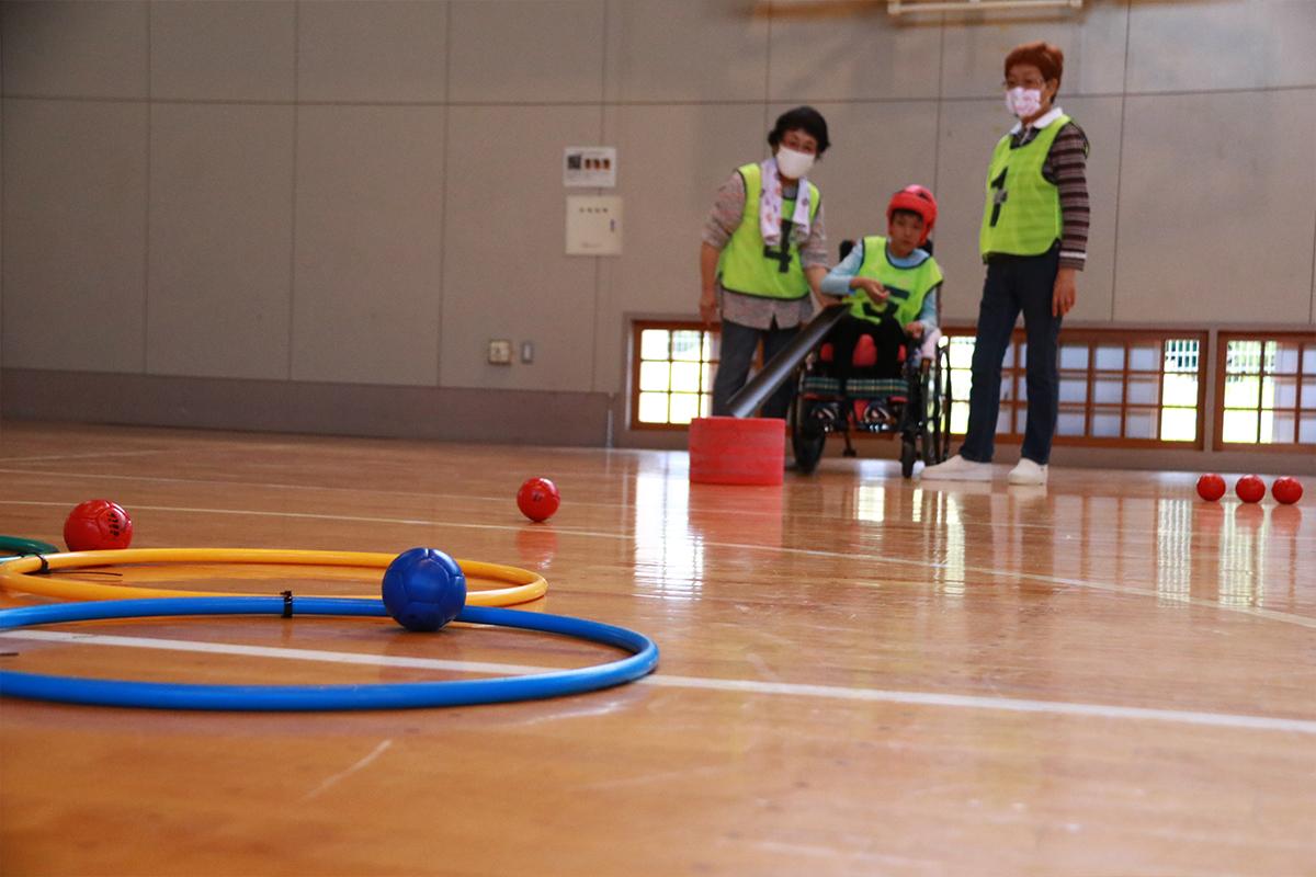 「TOKYO2020+1」まで300日~特別支援学校でボッチャ交流が行われました